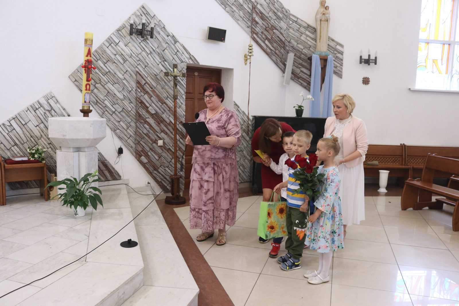 23 июня 2019 Влалыка Иосиф Верт посетил приход в Кемерово 8