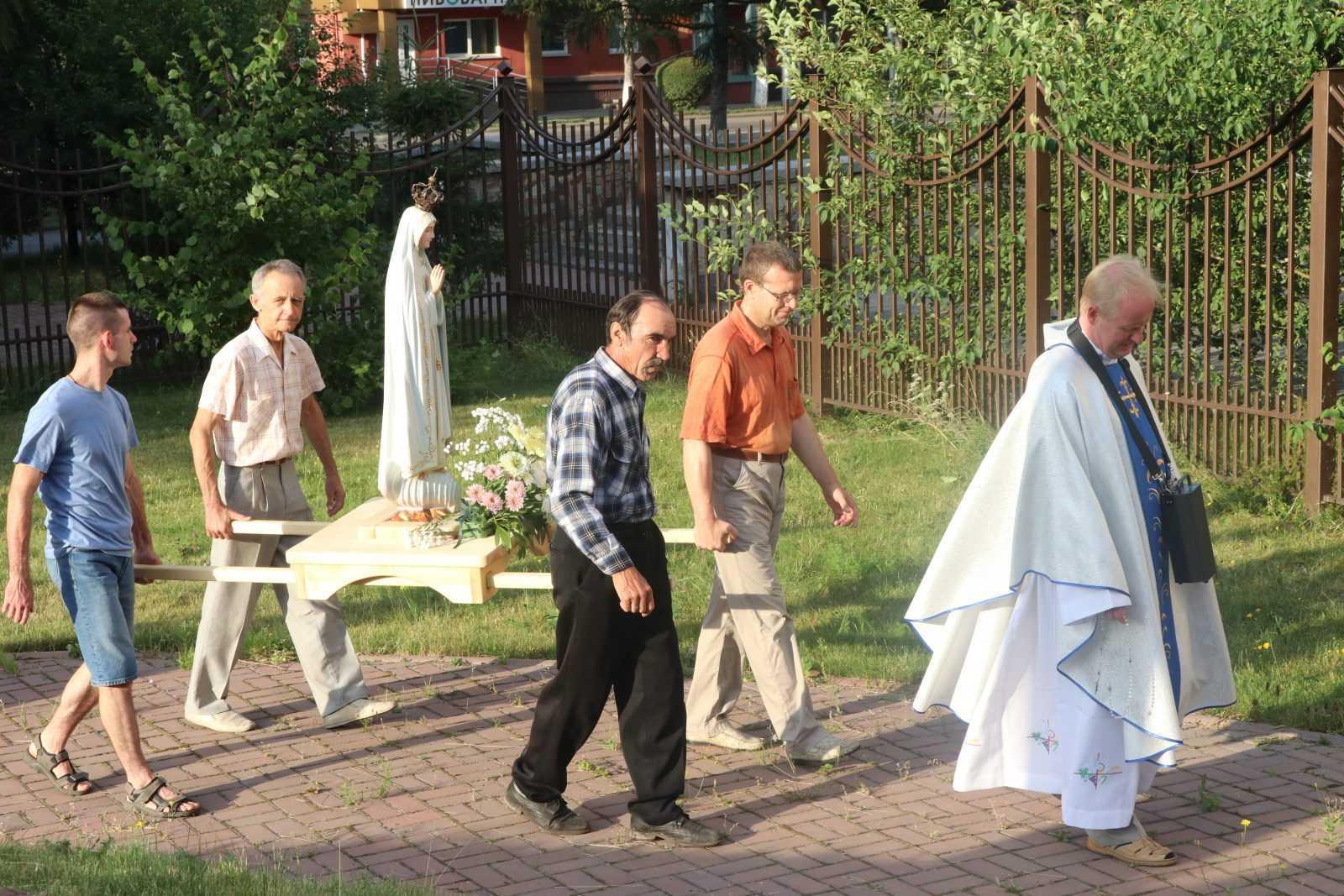 Фатимское Богослужение в Храме Непорочного Сердца Пресвятой Девы Марии 9