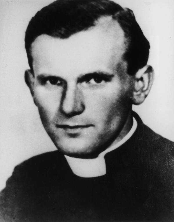 18 мая исполняется 100 лет со дня рождения Св. Папы Иоанна Павла II. 2