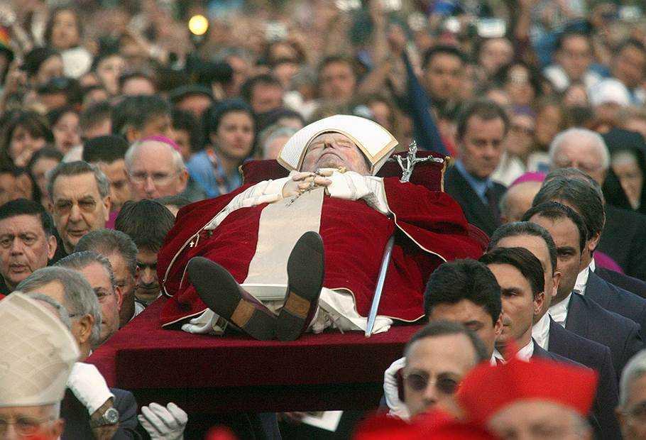 18 мая исполняется 100 лет со дня рождения Св. Папы Иоанна Павла II. 10