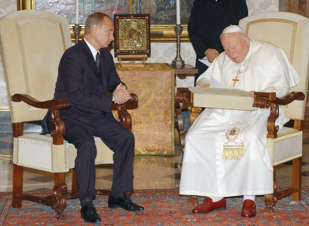 18 мая исполняется 100 лет со дня рождения Св. Папы Иоанна Павла II. 9