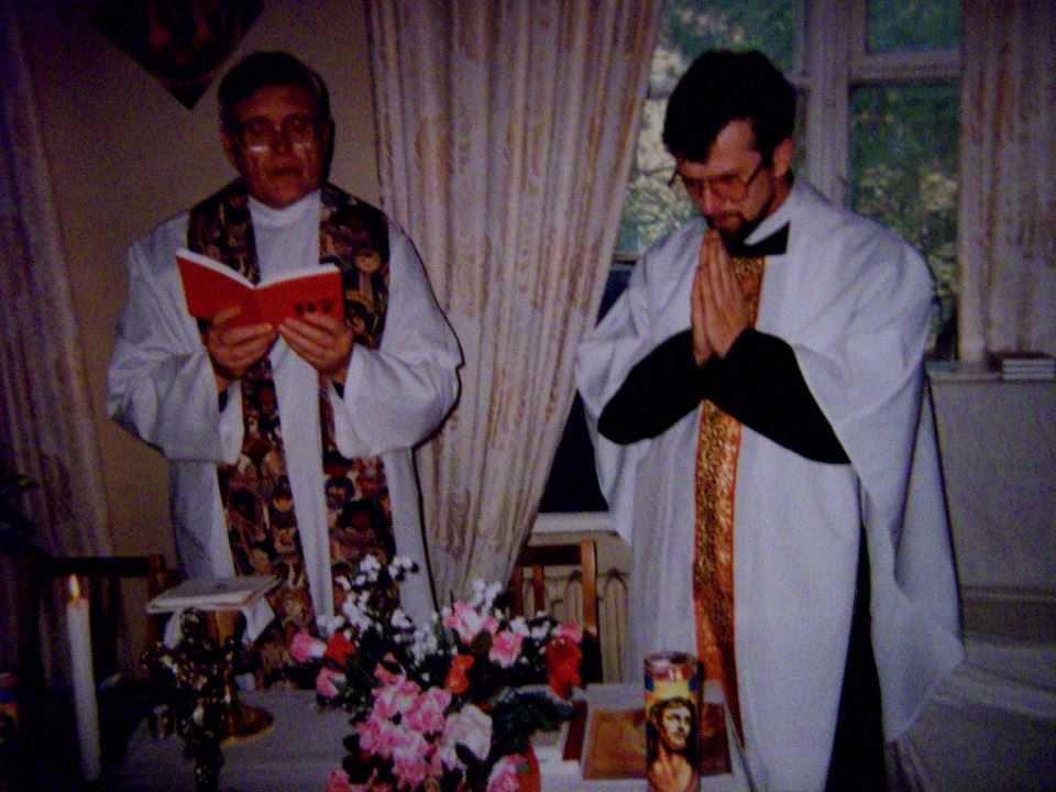 Сегодня, 19 января вспоминаем 19-ую годовщину смерти отца Дариуша Лысаковского и Татьяны Мусохрановой. 11