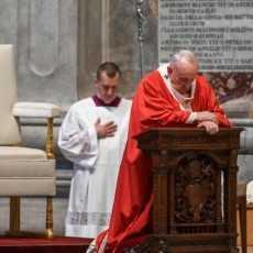 Папа: не мы служим Богу, но Бог сделался слугой ради нас