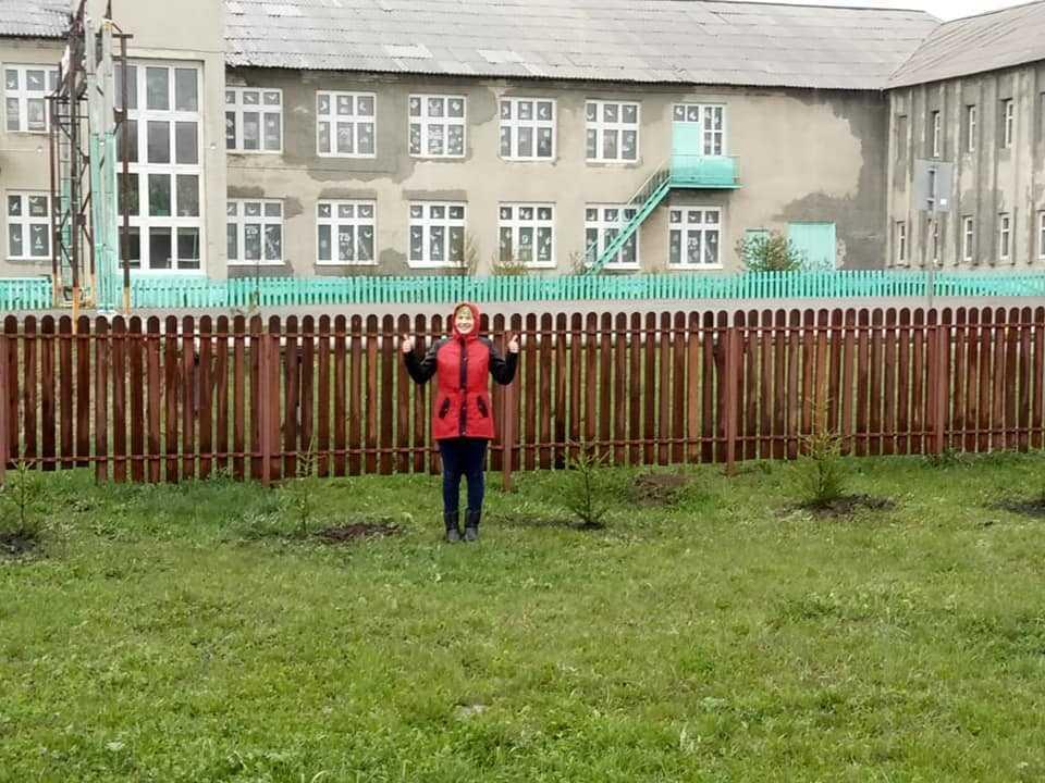 Саженцы из «Междуреченского лесхоза» добрались и до нашего прихода в селе Колыон! 1
