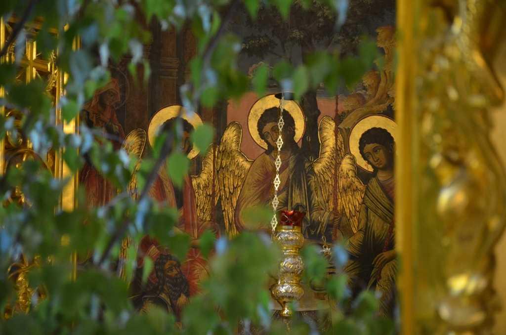 Поздравляем с торжеством Пресвятой Троицы! 2