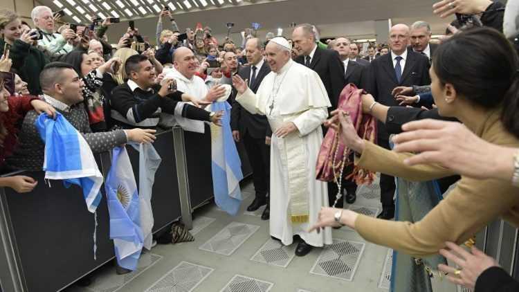 Папа: никто не одинок, Бог никогда не забывает о нас