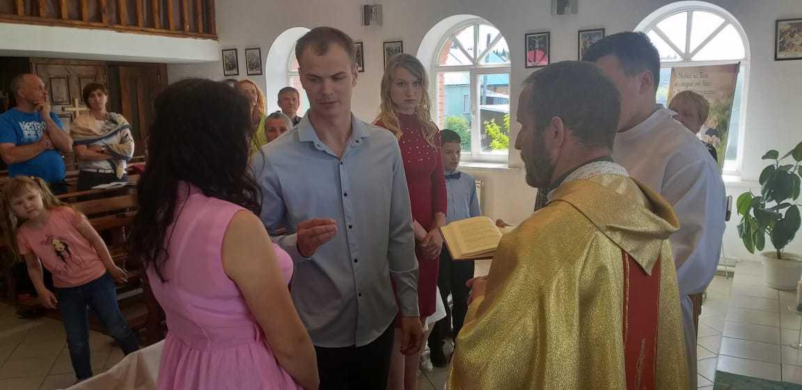 15 июня 2019 г. Прощание с настоятелем, супружеская встреча и венчание в Яшкинским приходе 7