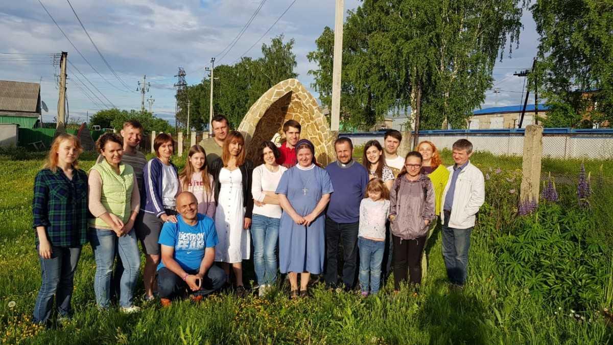15 июня 2019 г. Прощание с настоятелем, супружеская встреча и венчание в Яшкинским приходе 19