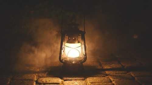 Angelus 11 августа. Папа: поддерживать огонь в светильниках веры