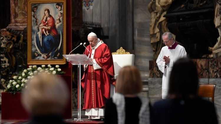 Папа: Святой Дух – Творец единства в Церкви