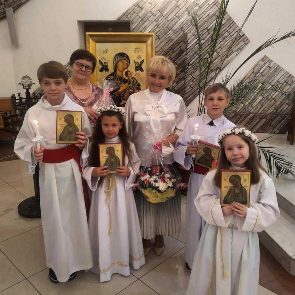 14 июня 2020 Первое причастие Кирилла, Владимира, Софии и Милены. 4